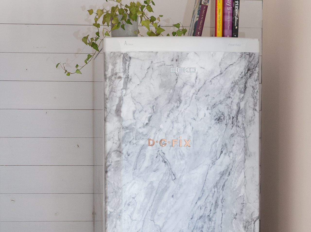 Covered fridge with d-c-fix marble