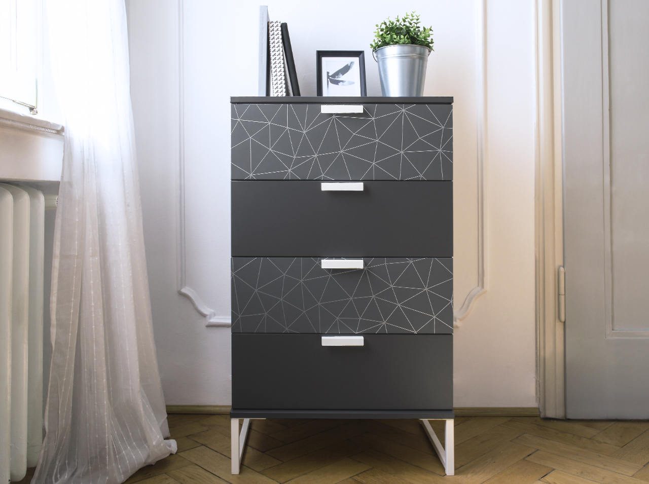 Chest of drawers restyled with d-c-fix® Tico Silver and Anthracite in shades of gray.