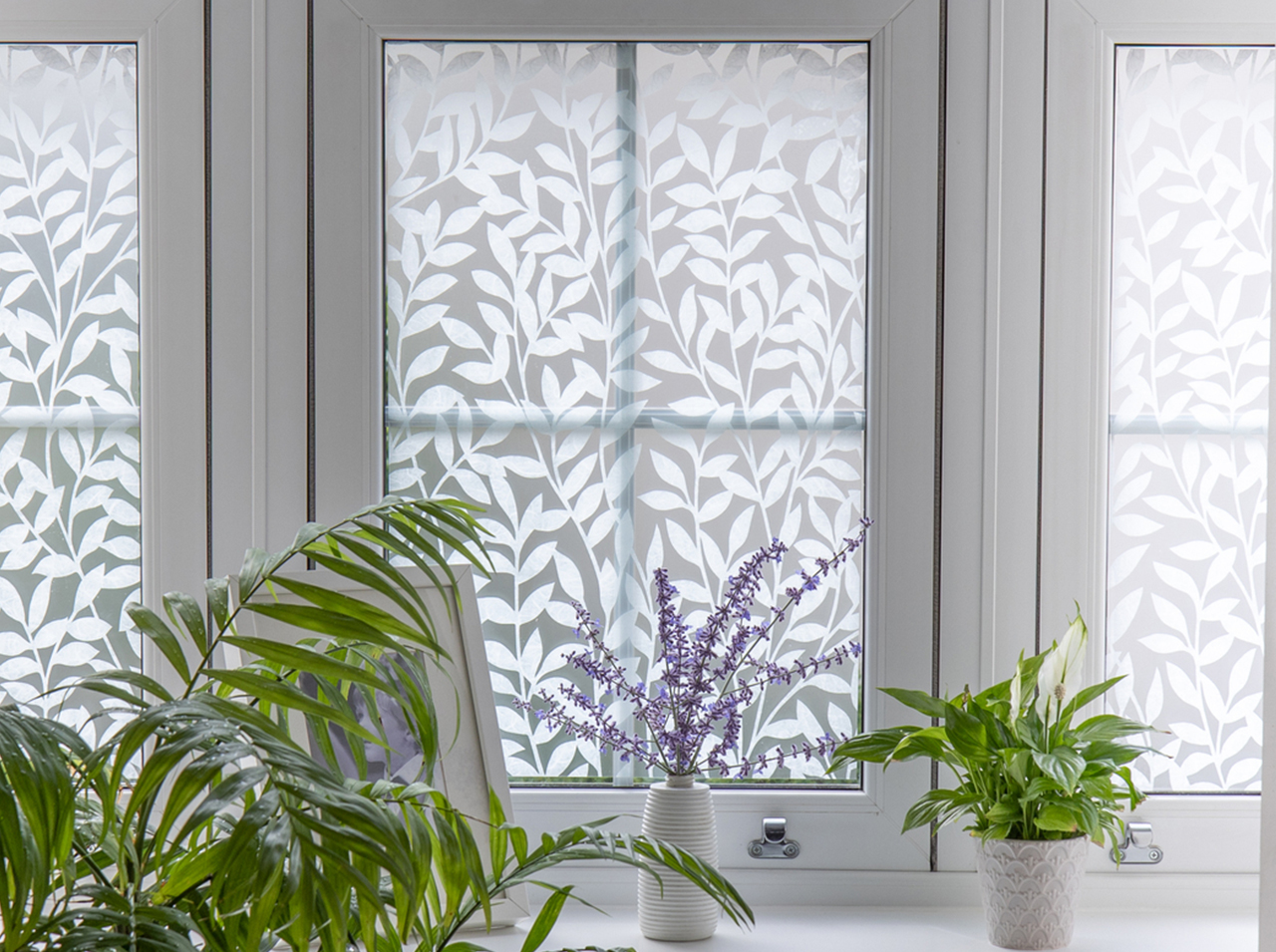 Window surfaces covered with d-c-fix® privacy film Jane for greater privacy.